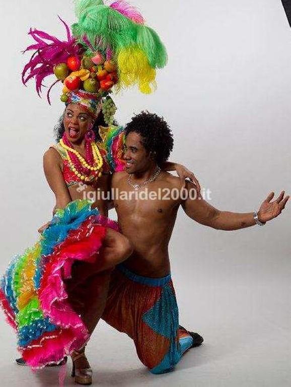 Coppia-Ballerini-per-Sposi-Offerta-Speciale