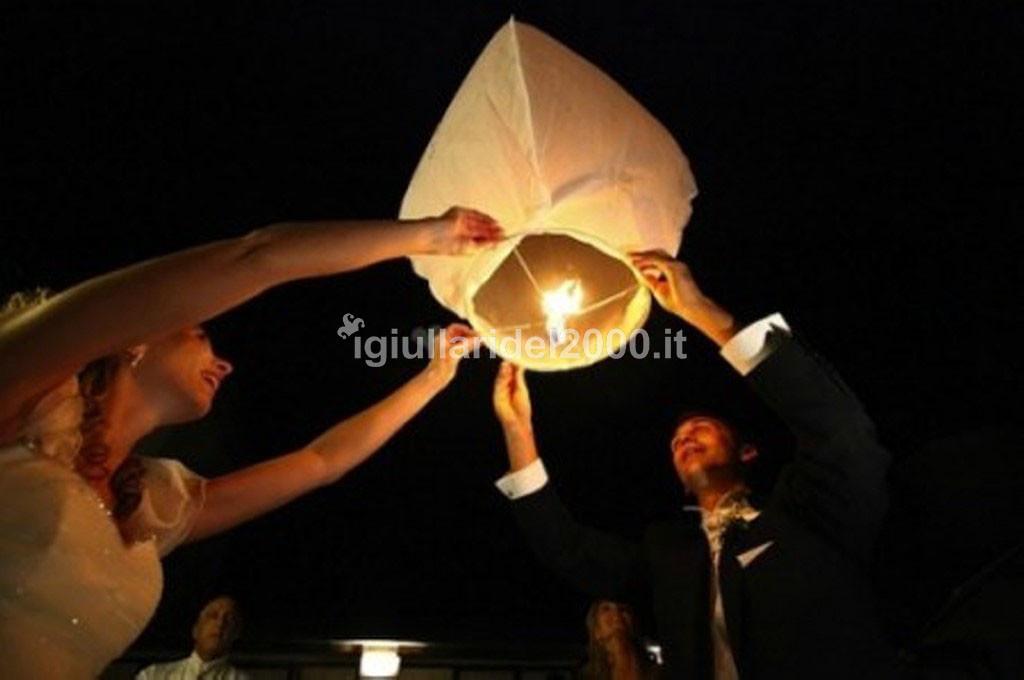 Il-Volo-delle-Lanterne-per-Sposi