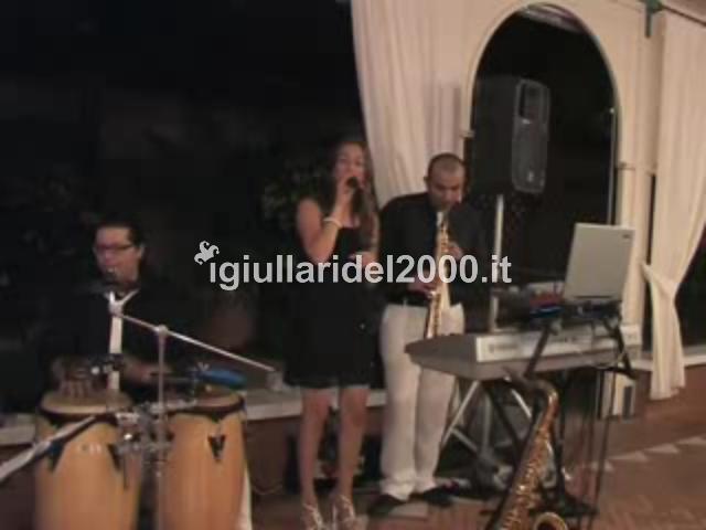Piano-Bar-Elegante-per-Sposi-by-I-Giullari-del-2000