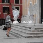 Coppia di Artisti Statue Viventi Angeli per Uscita Chiesa …Euro ......*